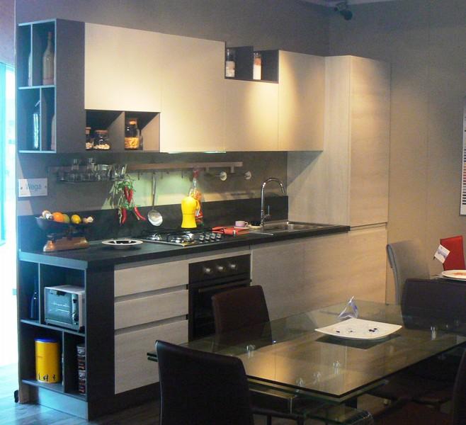 Cerca paoletti arredamenti frascati for Cucina wega arredo 3